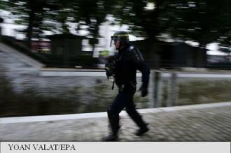 Polițist ucis în Franța: Presupusul atacator fusese condamnat pentru participare la o filieră jihadistă