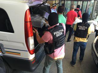 Captură record: Peste 2,5 tone de cocaină, găsite de poliţişti în Portul Constanţa