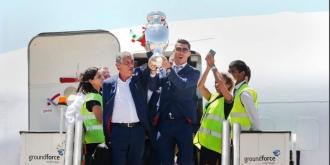 Naţionala Portugaliei a revenit în ţară. Sute de mii de fani au cântat