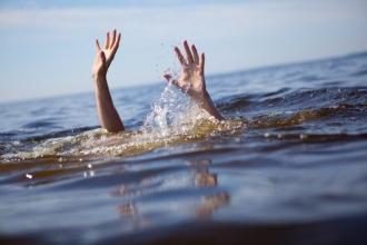 Doi frați s-au înecat în lacul din localitatea Goian