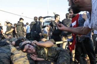 Turcia va elibera 38.000 de condamnaţi din închisori pentru a face loc presupuşilor complotişti