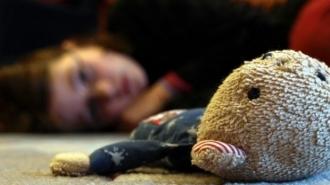 Strigător la cer! Un tânăr din Leova a violat o micuţă de 5 ani în prezenţa surorii sale mai mici