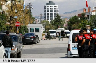 Atac la ambasada Israelului de la Ankara; personalul a scăpat nevătămat, atacatorul a fost rănit