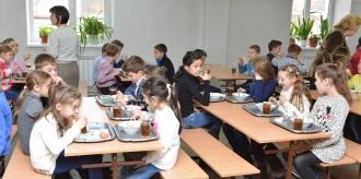 Achiziţiile publice, cu grave încălcări în sistemul educaţional din Chişinău