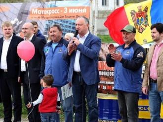Igor Dodon, prezent la inaugurarea Campionatului de motocros