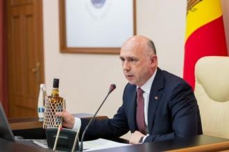 Premierul solicită măsuri urgente pentru aducerea în albia legală a activității agenţilor economici