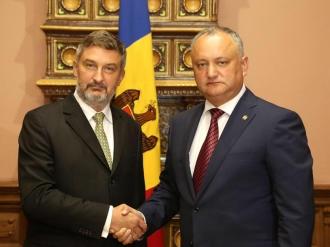 """Ambasadorul Poloniei în Moldova, decorat cu """"Ordinul de Onoare"""""""