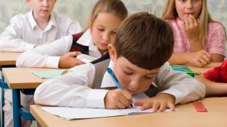 Cele mai solicitate școli au încheiat înscrierea copiilor în clasa I din prima etapă