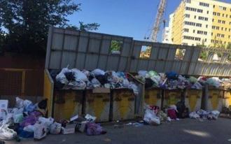 """Deșeurile din Chișinău mai pot fi evacuate la poligonul din str. Uzinelor încă 2 zile; Autoritățile locale spun că au """"soluții de rezervă"""""""