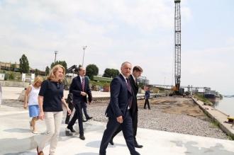 Dodon: Guvernarea ar trebui să depună maximum eforturi pentru relansarea şi dezvoltarea portului Giurgiulești