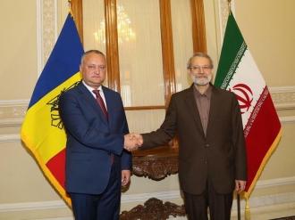 Colaborarea pe dimensiunea parlamentară, subiect de discuție dintre Igor Dodon și Ali Larijani