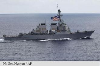 Un distrugător american s-a apropiat de o insulă artificială din Marea Chinei de Sud, provocând nemulțumirea Beijingului