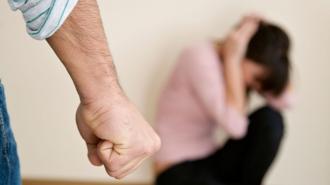 Violența în familie, o normă pentru moldoveni