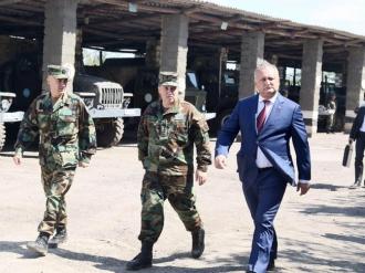 Dodon: Operaţiunea de pacificare de pe Nistru se desfăşoară la un nivel profesionist