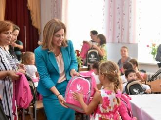 """Campania națională """"Din Suflet"""" a primei doamne a Republicii Moldova a ajuns și în Găgăuzia"""