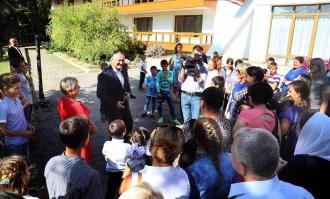 Copii din familii social-vulnerabile, în vizită la Reședința de Stat de la Condrița