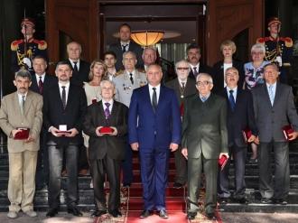 Distincții de stat pentru persoanele care au contribuit la dezvoltarea și edificarea statului moldovenesc