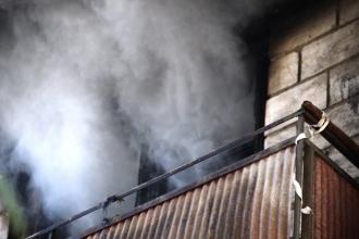 Un apartament din centrul Capitalei a ars în întregime în această dimineață