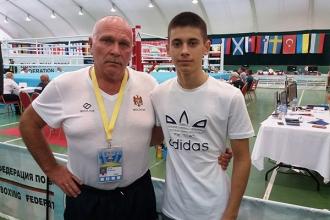 Boxerul Vitalie Prisăcaru și-a asigurat un loc pe podium la Europene