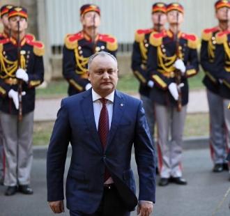 Igor Dodon a primit scrisorile de acreditare din partea a trei ambasadori agreați cu reședința la București
