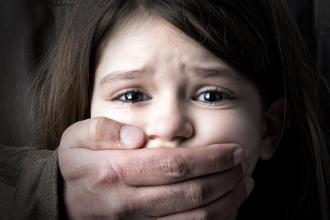 Crește numărul cazurilor de abuz sexual asupra minorilor în școlile din țară
