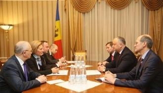 Președintele țării solicită Rusiei eliminarea taxelor vamale pentru unele categorii de produse și extinderea listei exportatorilor moldoveni