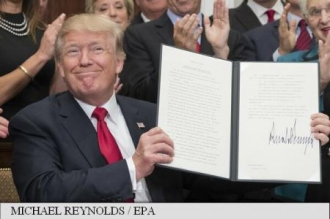 Președintele Trump a emis un decret împotriva Obamacare