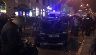 Tragedie în Ucraina. Șase persoane au murit, după ce un vehicul a intrat în mulţime