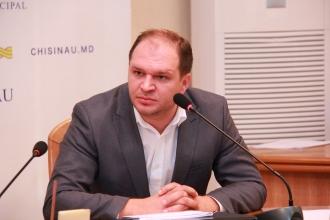 Consilierii municipali socialiști cer repetat demiterea lui Alexandru Fleaș