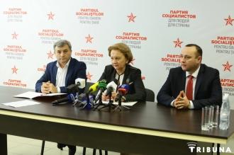 Socialiștii lansează campania de colectare a semnăturilor pentru trecerea la forma prezidențială de guvernare