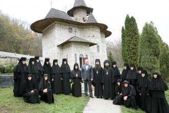 Dodon: Fiecare mănăstire ortodoxă din Moldova trebuie să se bucure de ocrotire din partea statului