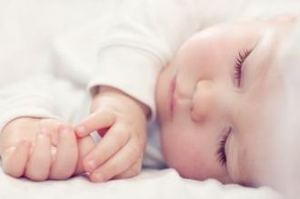 Serviciile de fertilizare în vitro pentru cuplurile asigurate vor fi dublate anul viitor