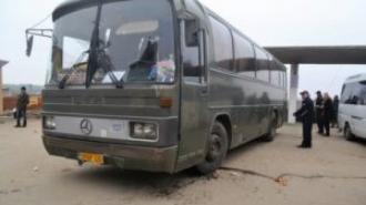 Accident la gara auto din Ungheni; Patru persoane au fost tamponate de un autobuz