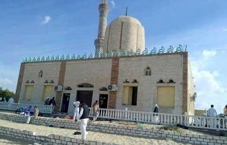 Atac sângeros la o moschee din Sinai, soldat cu 184 de morți