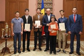Diplome de onoare pentru sportivii Federației de Motociclism