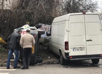 Accident în Capitală; Două persoane au fost spitalizate