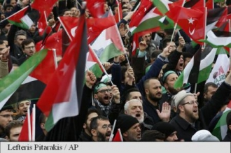 Mii de persoane au manifestat la Istanbul, zeci de mii - la Rabat, împotriva deciziei SUA privind Ierusalimul