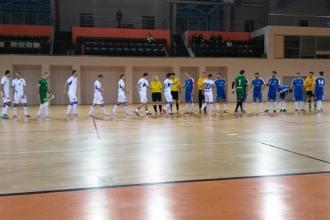 Dinamo conduce autoritar campionatul național de futsal
