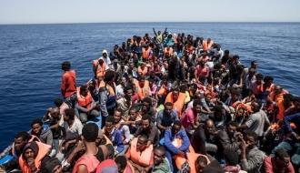 Criza migraţiei: 255 de persoane, salvate în noaptea de luni spre marţi de pe Marea Mediterană