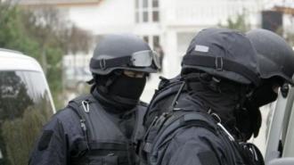 Percheziți la ANSA; Trei persoane au fost reținute
