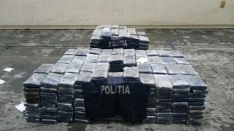 Peste 700 de kilograme de cocaină, confiscate în Spania şi Portugalia; O parte din droguri erau ascunse în ananaşi importaţi din America Latină