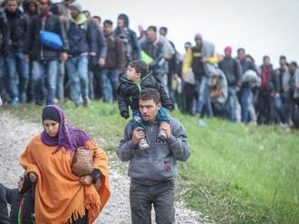 Cancelarul Austriei, Sebastian Kurz, critică ţările est-europene care nu acceptă imigranţi, însă recunoaşte: Nici extracomunitarii nu vor să ajungă în ţări ca România