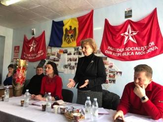Situația din țară, discutată de Zinaida Greceanîi cu activul PSRM din Cantemir