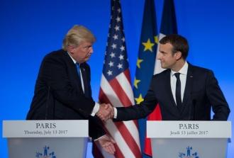 Donald Trump îl va primi pe Emmanuel Macron la Casa Albă la data de 24 aprilie
