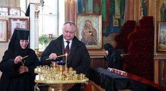 Igor Dodon, în vizită la mănăstirea din Călărășeuca