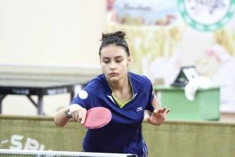 O sportivă de 13 ani a devenit campioană la tenis de masă