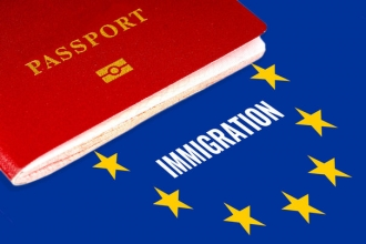 UE va cere ţărilor extracomunitare să accepte refugiaţi pentru a evita impunerea de limite la vize