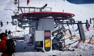 Zeci de oameni aruncați la câțiva metri dintr-un telescaun scăpat de sub control, într-o staţiune de schi din Georgia (VIDEO)