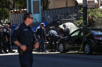 Cel puţin un mort şi patru răniţi, după ce un vehicul a intrat într-un grup de persoane la San Francisco