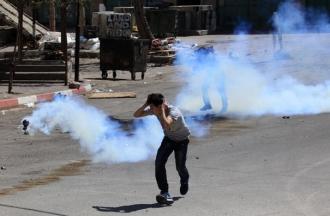 Confruntări violente: 17 palestinieni au fost ucişi, iar mai multe mii au fost răniţi în confruntări cu armata israeliană